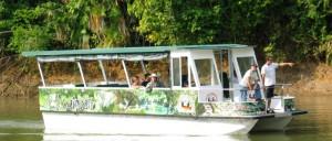 boat-ride-in-cano-negro